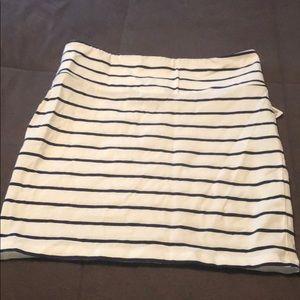 Stripped mini skirt